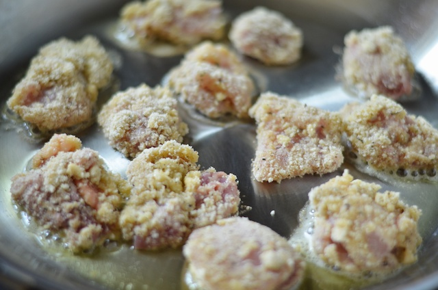 frying chicken thighs paleo