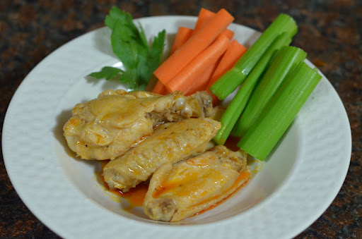 Zesty Buffalo-Ranch Chicken Wings