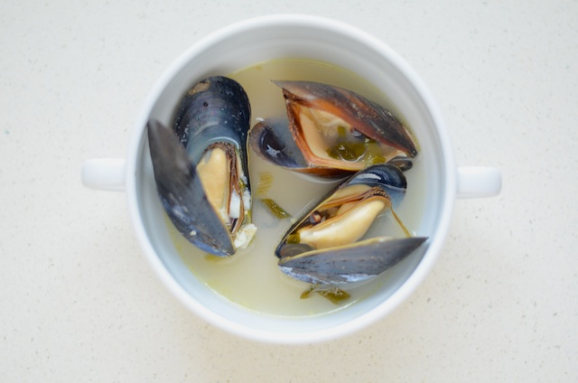 finished-steamed-mussels-recipe