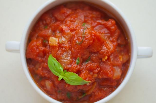 spicy tomato basil sauce