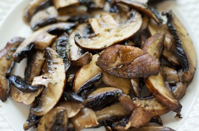 grilled seasoned easy portabello mushrooms