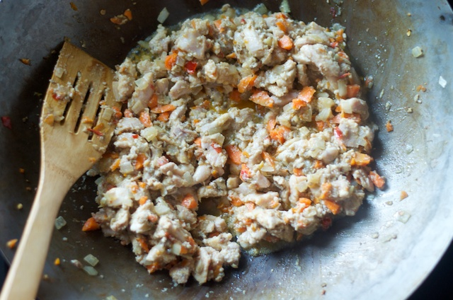 saute in wok