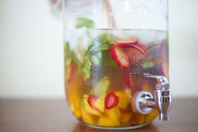Strawberry-Mango Mint Tea Recipe