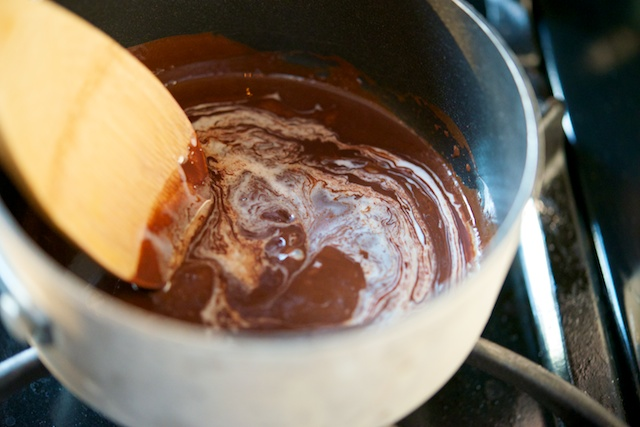 Salted Caramel Chocolate Pudding (Paleo, Vegan, Nut-Free, Gluten-Free)