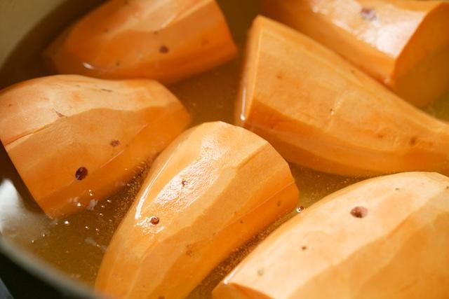 Cider-Stewed Mashed Sweet Potatoes Recipe (paleo, primal, gluten-free)