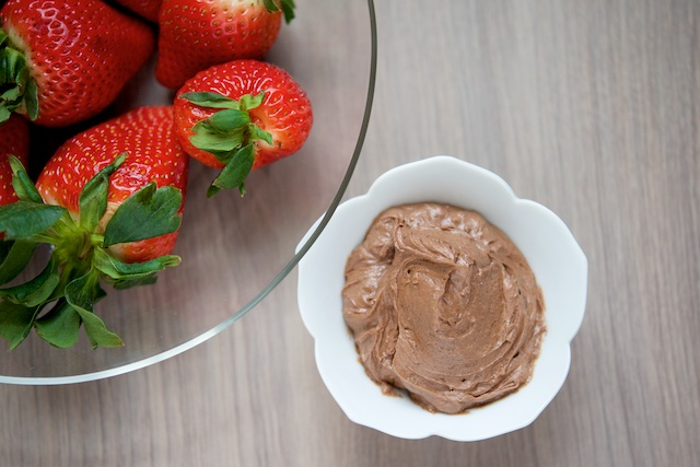 Strawberries with Homemade Chocolate Frosting Recipe (paleo, primal, gluten-free)