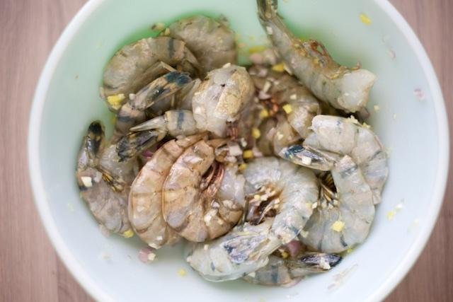 bowl. Brine prawns in salted water for 10 minutes. Mix shallot, garlic ...