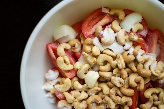 Salmorejo (Cold Spanish Tomato Soup) Recipe (paleo, primal, gluten-free)