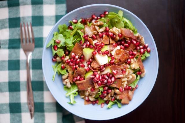 Pomegranate-Bacon Arugula Salad Recipe [paleo, primal, gluten-free]