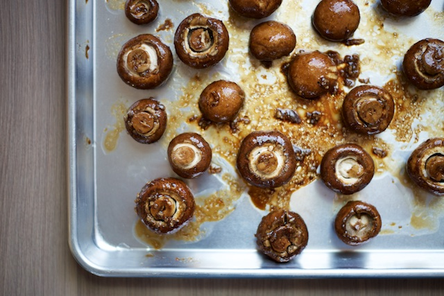 Roasted Balsamic Mushrooms Recipe [paleo, primal, gluten-free]