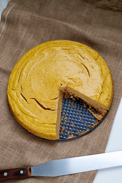 pinterest-featured-paleo-thanksgiving-pumpkin-cheesecake-recipe-dairy-free