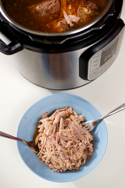 pinterest-featured-instant-pot-pressure-cooker-paleo-pulled-pork
